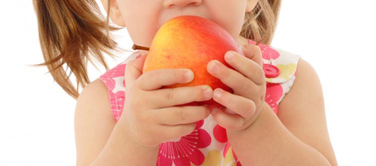Авитаминоз у детей: симптомы и лечение