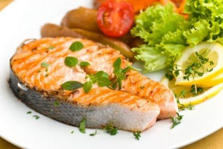 Рыба при грудном вскармливании - можно или нельзя