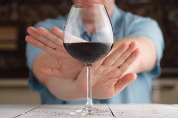 Можно ли употреблять алкоголь после блокады