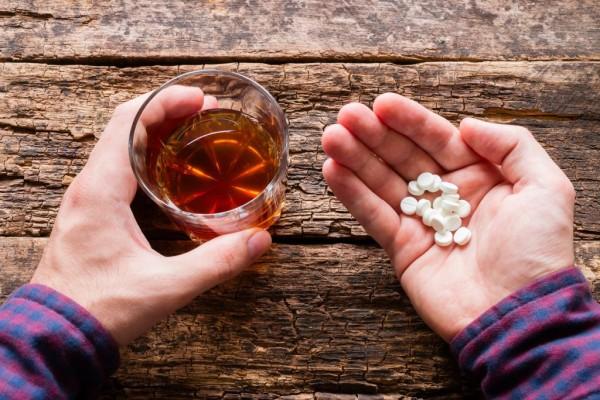 Афобазол и алкоголь: совместимость, через сколько можно пить